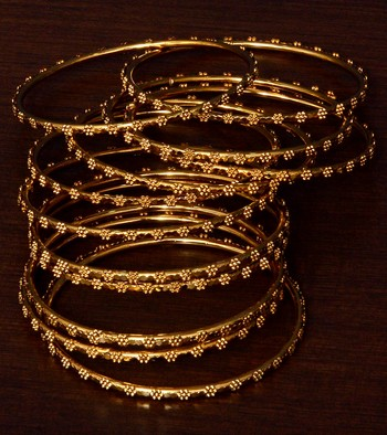 Gold Plated Set of 12 Designer Bangles BD386