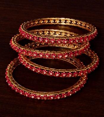 Gold Plated Zircon Stone Embellished Marron Flower Designed 2 Pairs of Bangles BD394