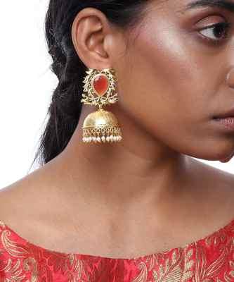 Golden Jhumkay