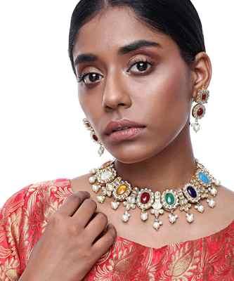 Kundan Stone Neckpiece with Earrings