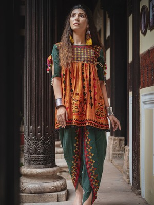 Deep green and orange rajathani dhingli couple embroidered kedia and tulip pants set