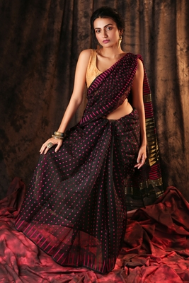 BLACK JAMDANI SAREE WITH ZARI PALLU AND ALL OVER SMALL BUTTA