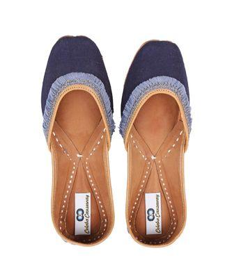 blue solid leather juttis