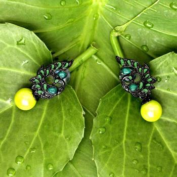 Green danglers-drops