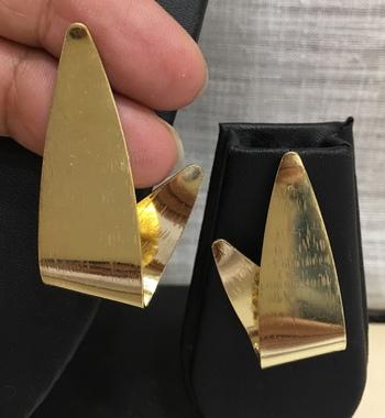 Women Western Designer Antique Jewellery Gold-Plated Alloy Stud Earrings Light Weight Dangle Drop Earring for Girls