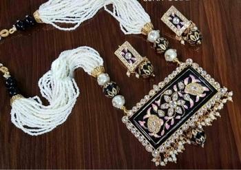 Black Crystal Necklace Sets