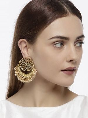 Gold agate danglers-drops