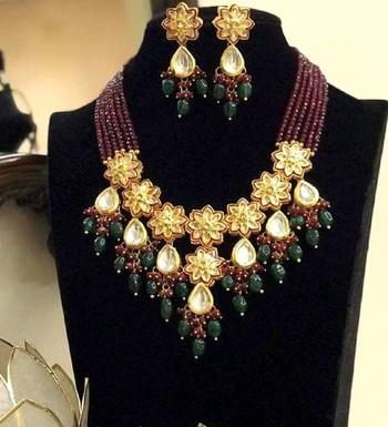 Wedding Maroon kundan necklace-sets