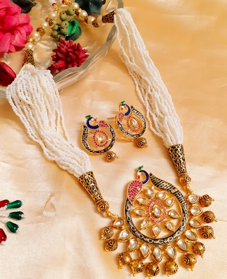 Royal peacock White kundan necklace-sets