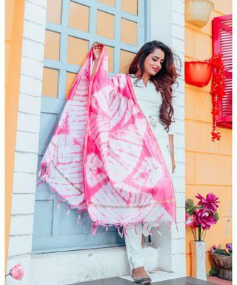 White Rose Handblock Suit Set With Pink Dupatta