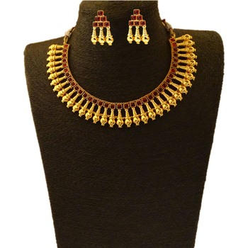 Maroon ruby necklace-sets