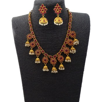 Ruby Stones Flower Design Short Necklace with Matching Earrings