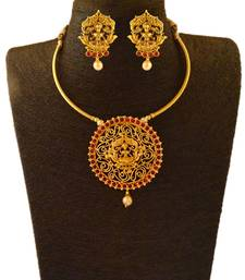 Kemp Designer Temple Laxmi Ji Golden Polished Round Shape Golden Ruby Pendant Necklace Set with Matching Earrings