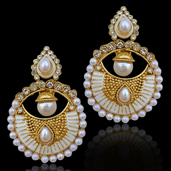 Bollywood INDIA traditional ethnic pearl polki earring with delicate golden designs