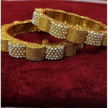 Traditional Jewellery Gold Plated Pearl Bangles for Women