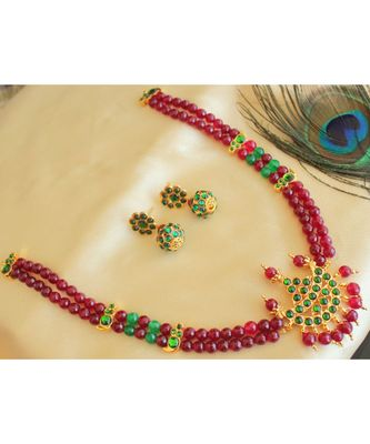 Beautiful Green Ruby Agates Designer Necklace Set