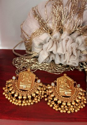 Gold Plated Temple Work Ganesh Ji Ghungroo Chandbali Earrings