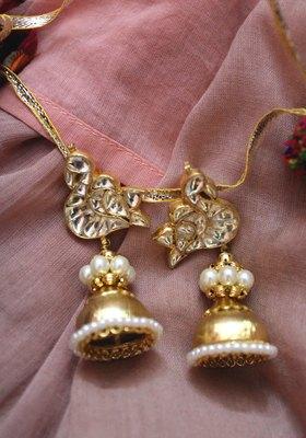 Gold Plated Kundan Shell Pearls Ahemdabadi Earrings