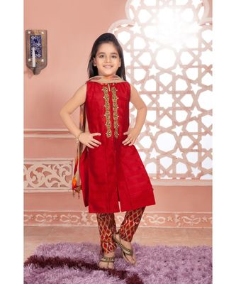 red woven polyester stitched kids girl gowns