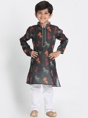 Green printed silk blend boys-kurta-pyjama