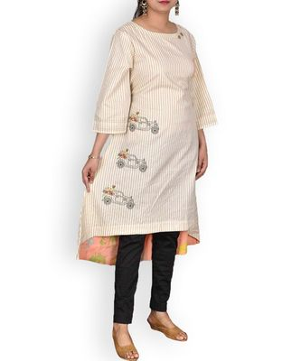 Peach Muslin Embroidered Kurta