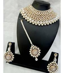 Off White Kundan Necklace Sets