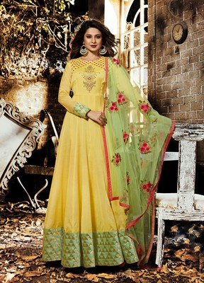 Yellow zari chanderi silk semi stitched salwar with dupatta