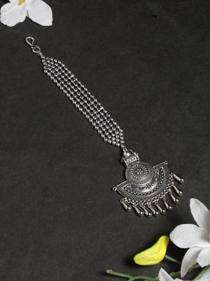 Oxidised Silver Plated Leheriya Textured Style Maang Tikka