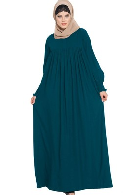 Dress Abaya With A Perfect Balacnce Of Looks And Comfort -Green