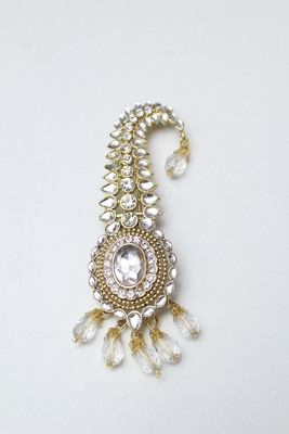 White diamond brooch