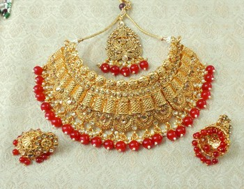 Lalso Designer Gold Plated Kundan Stone Maroon Drops Bridal Choker Necklace Earring Jewelry Set - LCN29_MR