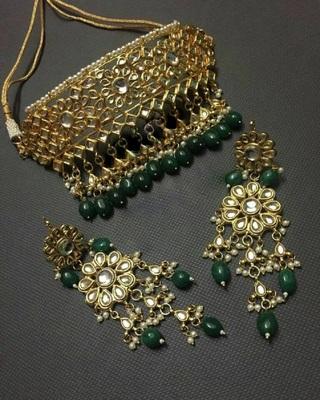 Green Choker Necklace Set