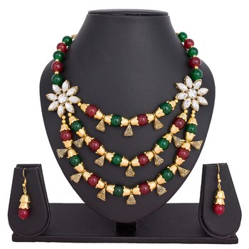 Multicolor emerald  necklaces