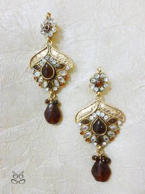 Gold plated Danglers with kundan work