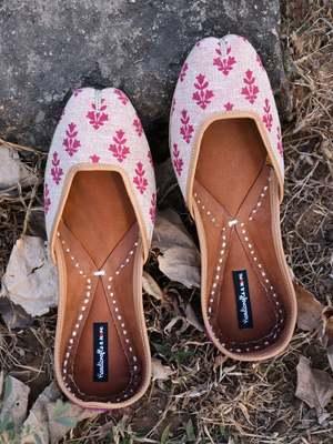 Purple Women Jutti, Fabric Women Shoe, Indian Ethnic Shoes, Casual Shoe, Khussa