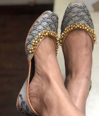 Silver Grey Sequinned Bridal Shoes, Grey Indian women Jutti, Silver Women Shoes