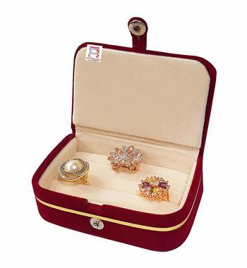 Maroon jewellery-box
