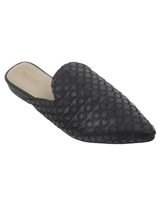 Trends & Trades Mules Shoes with Stitched on Synthetic in Black