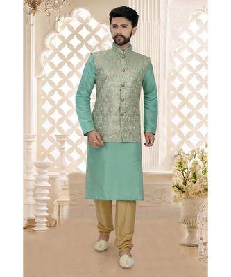 Mens green kurta set with green woven jacket