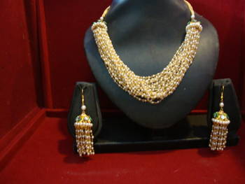 Design no. 8B.1872....Rs. 1600