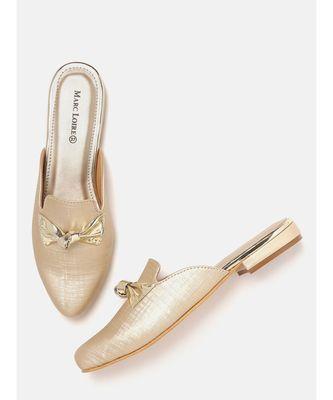 Women  Golden Heels