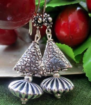 Silver_Samosa_Damru_Earrings