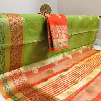 mahendi woven art silk saree with blouse