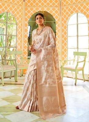Cream woven silk blend saree with blouse