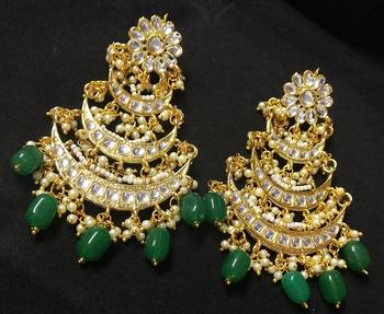 Designer Ethnic Indian Bollywood Emerald White Kundan Pearl Bridal Earrings Set