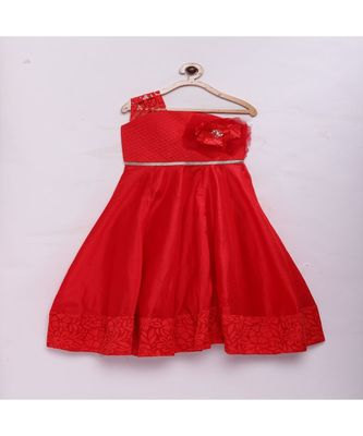 Red Stylish & fashionable girls raw silk flared party gown
