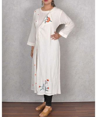 White Cotton Embroidered Kurta