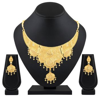 Asmitta Festive Wear 1 Gram Gold Plated Choker Style Necklace Set For Women