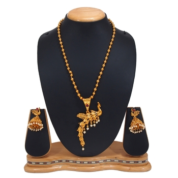 GOLD PLATED PEACOKE PANDANT SET