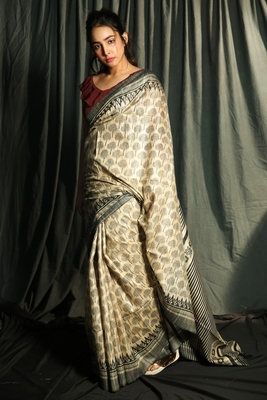 BEIGE PURE GHEECHA SAREE WITH PRINTED DESIGNS